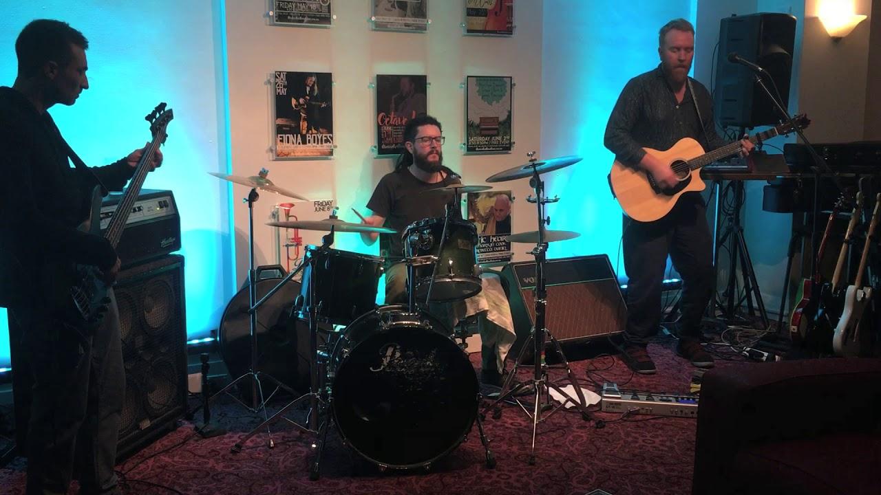 Jimmi Carr Band 03