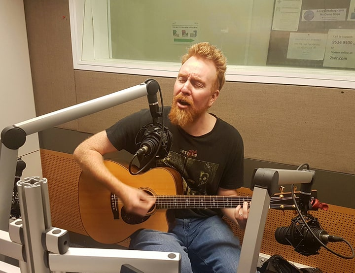 Jimmi Carr (solo acoustic): Slack-Off Sundays   Aunty Ed's Katoomba