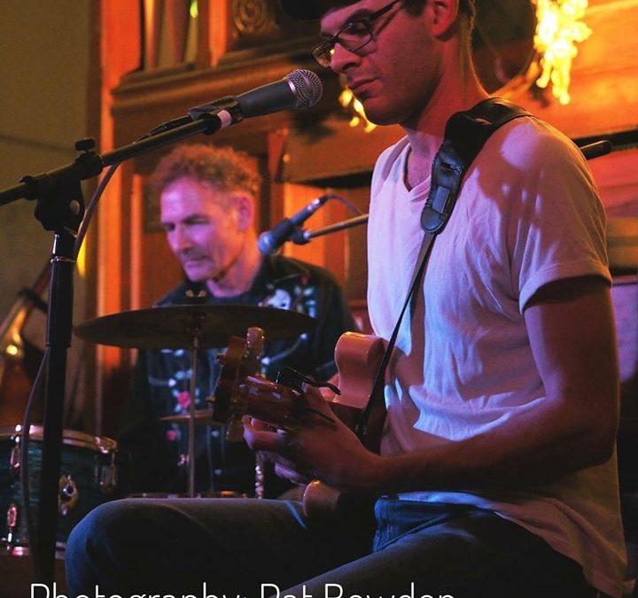 Julien & Neil  | Bootleggerbar